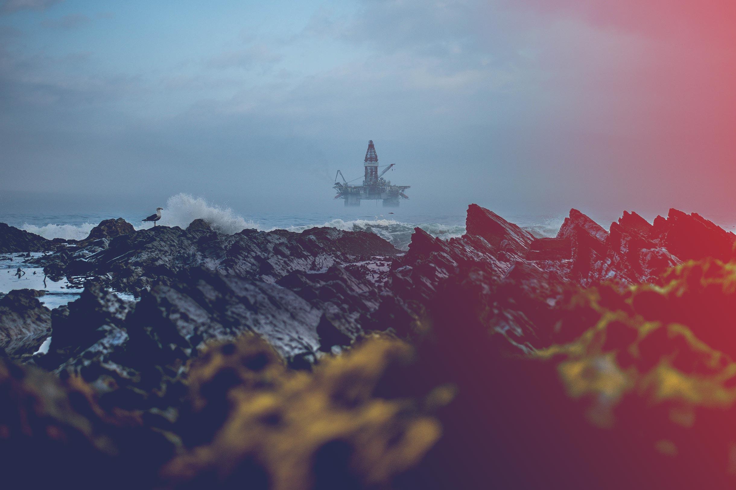 """""""Petrolul în Noua Economie"""": Amânând investițiile în Marea Neagră, pierdem toți ca țară"""