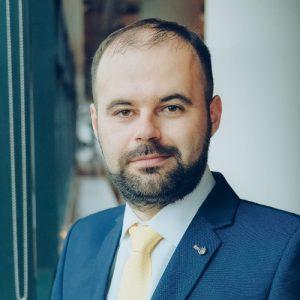 Cristian Popa CFA Membru Consiliul de Administrație BNR - romania durabila