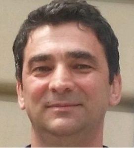 Liviu Vătavu Director Executiv Direcția Resurse Umane și Juridic Antibiotice - romania durabila